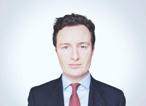 Rollo Harvey - Senior Associate at Waystone in London
