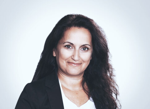 Vassi Tsigros - Senior Associate – Marketing and Communications at Waystone in Luxembourg